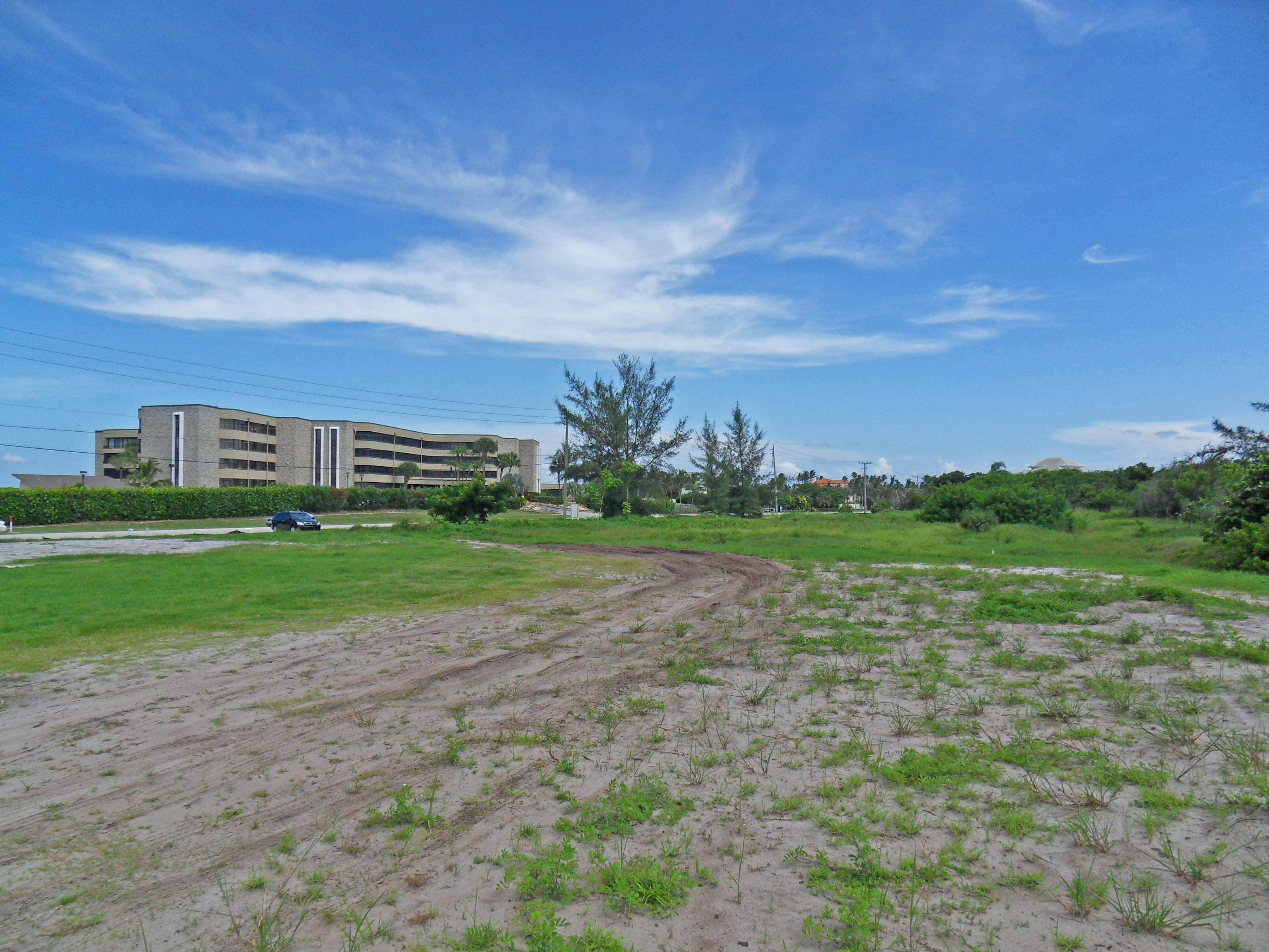 Vacant Land for Sale on Hutchinson Island - With Dock