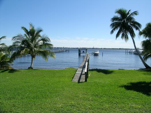http://stuartfloridarealestatenews.com/wp-content/gallery/listings/dock-view.jpg