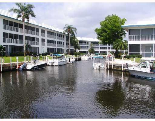 Windjammer Waterfront Condos