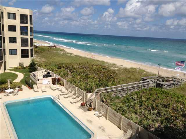 Ocean View Condo on Hutchinson Island