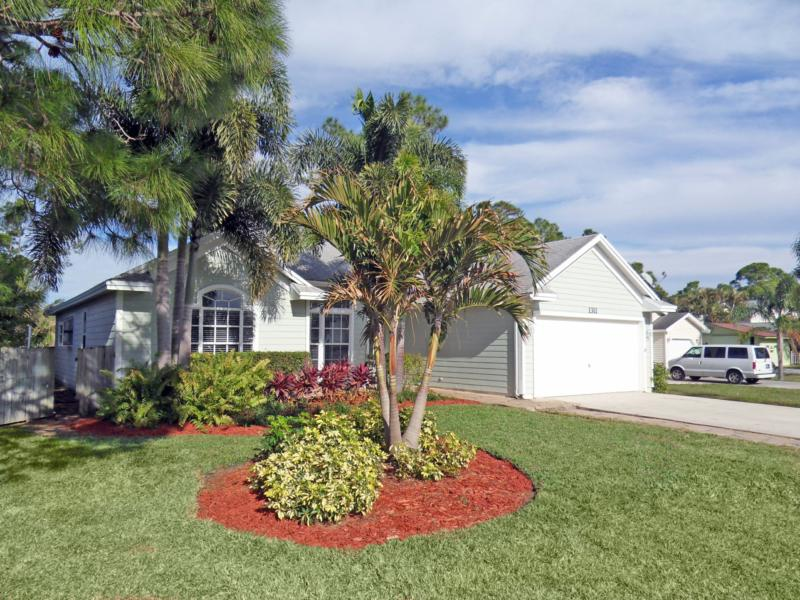 Rustic Hills, Palm City, Florida Homes for Sale
