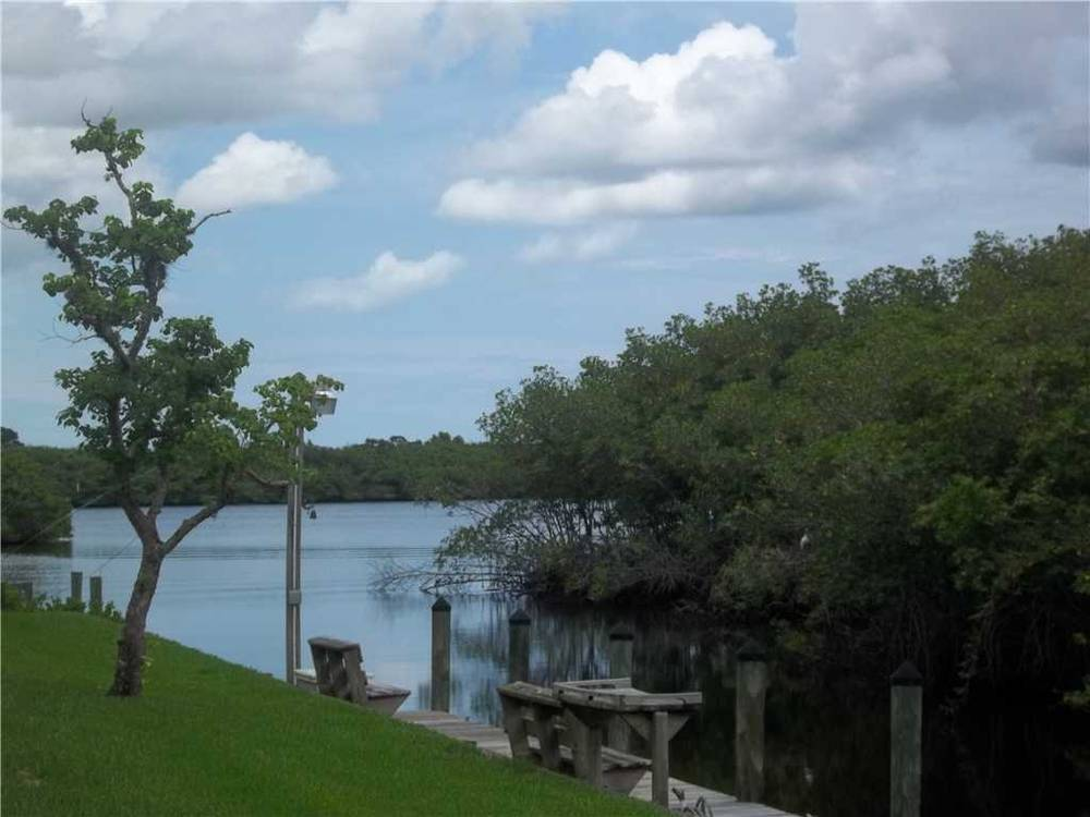 Palm City Waterfront Home Pending