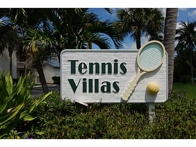 Tennis Villas in Indian River Plantation