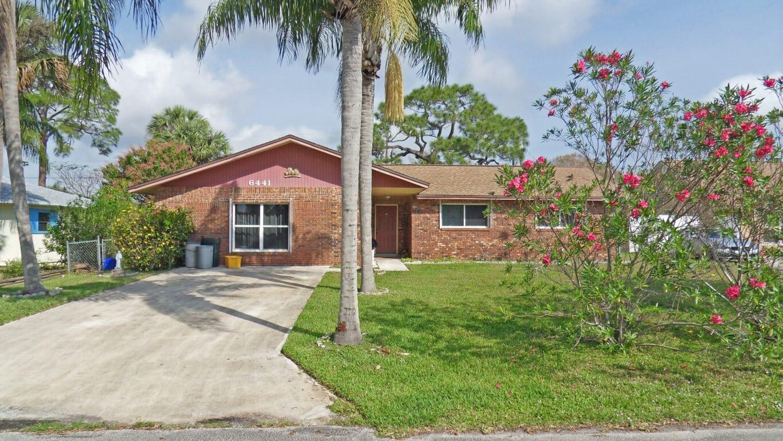 Hobe Sound Four Bedroom Home for Sale  Just Listed ⋆ Stuart Florida Real Estate