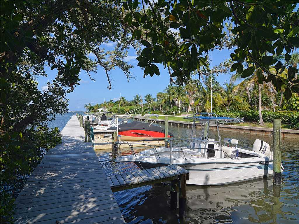 Swingers in sewalls point florida Hutchinson Beach Florida free sex tonight Wants Man