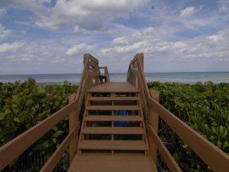 Ocean Dunes Condo in Jensen Beach