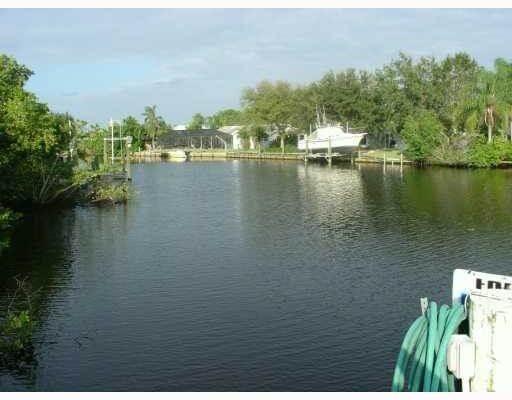 Hidden Bay in Palm City FL