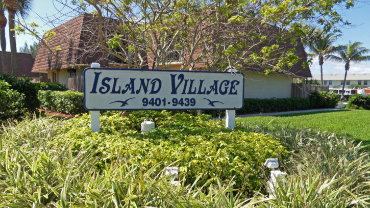 Island Village Townhouses on Hutchinson Island