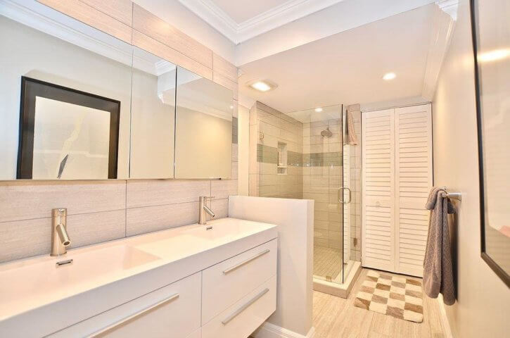 Bathroom of Sand Dollar Shores Condo on Hutchinson Island