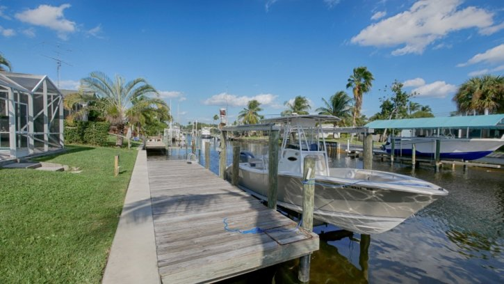 Lighthouse Point Waterfront Pool Home for Sale