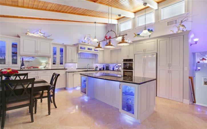Beachwood Villas Hutchinson Island Condo