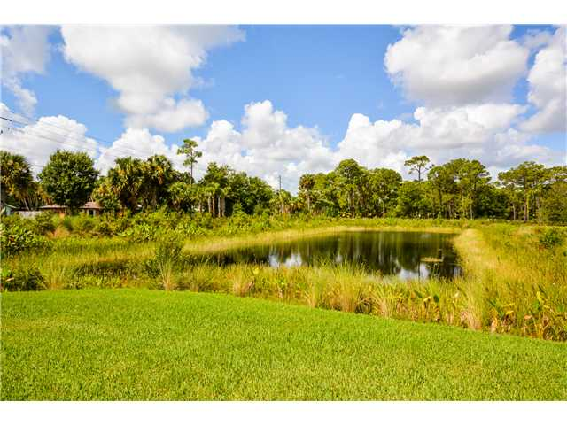 Creekside homes in Palm City Florida