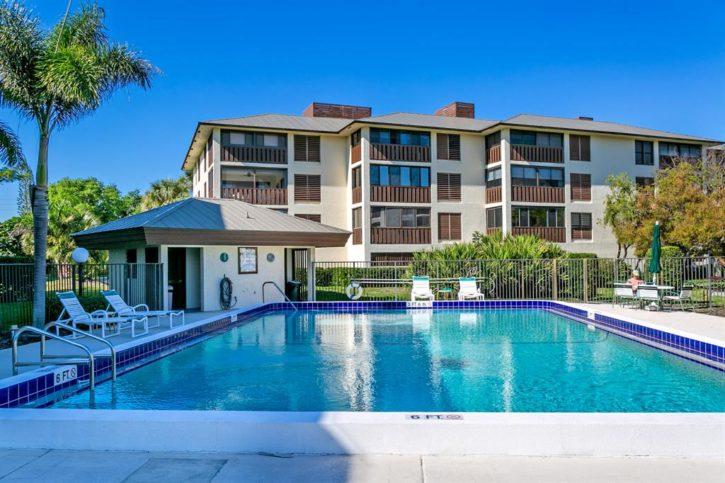 Saint Lucie Club Condos in Stuart Florida